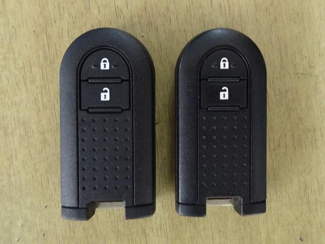 便利なスマートキーも2本装備されています。