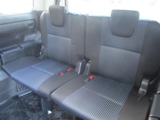 3列シート7人乗りのヴォクシーです!少しでも気になったら、お気軽にメール・電話ください☆お問合せはTEL042-766-1411まで☆