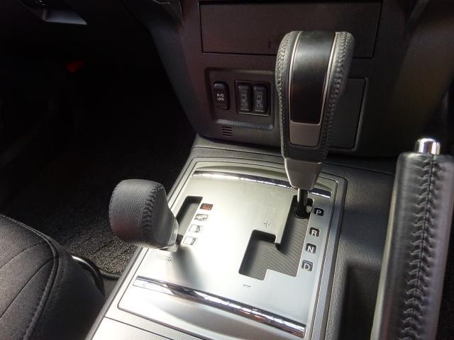 三菱 パジェロ ロングエクシード HDDサイバーナビBカメラディスチャージ