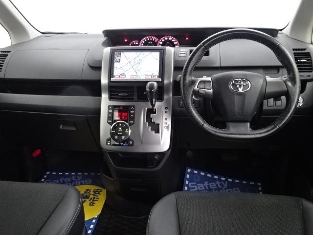トヨタ ヴォクシー ZS煌III 純正8インチHDDナビBカメラETC両側電動