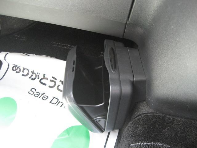 Z Z(6名) 純正メーカーオプションHDDナビ 追加地デジチューナー バックカメラ ETC 3ナンバー車両 純正17インチアルミ(45枚目)