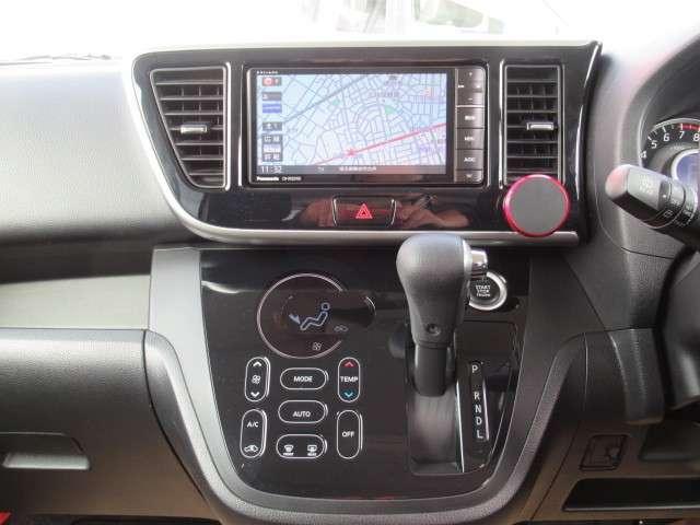 パナソニックメモリーナビ・CN-R502WD装着