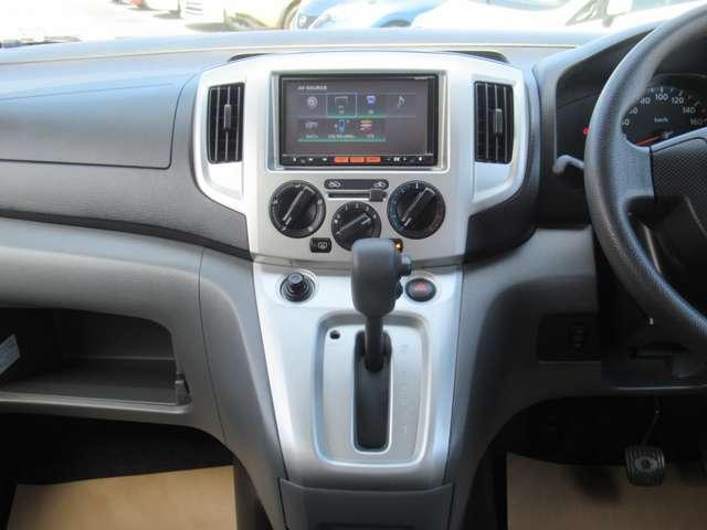 1.6 チェアキャブ 車いす1名仕様 専用サードシート無 スライド式スロ-プ 車いす固定装置(5枚目)