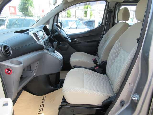 1.6 チェアキャブ 車いす1名仕様 専用サードシート無 スライド式スロ-プ 車いす固定装置(16枚目)