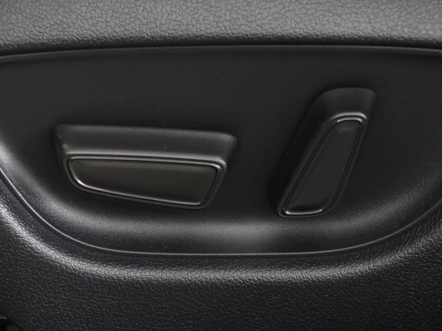 RS フルセグ メモリーナビ バックカメラ ドラレコ 衝突被害軽減システム ETC LEDヘッドランプ DVD再生 ミュージックプレイヤー接続可 記録簿 安全装備 展示・試乗車 オートクルーズコントロール(13枚目)