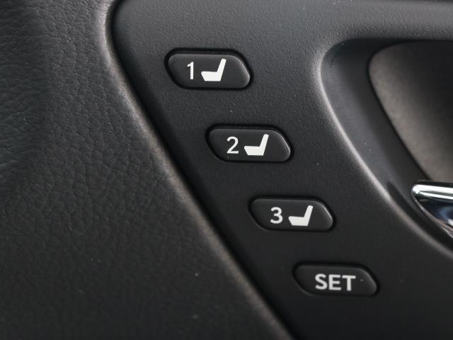IS300h バージョンL 革シート フルセグ メモリーナビ バックカメラ ドラレコ 衝突被害軽減システム ETC LEDヘッドランプ DVD再生 ミュージックプレイヤー接続可 記録簿 安全装備 オートクルーズコントロール CD(14枚目)
