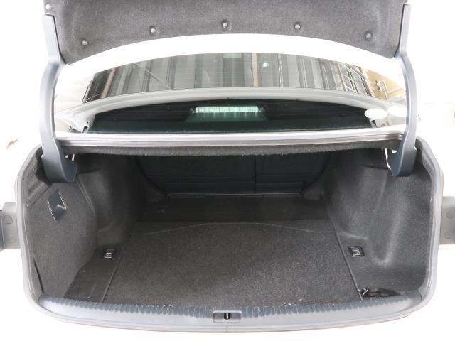 IS300h バージョンL 革シート フルセグ メモリーナビ バックカメラ ドラレコ 衝突被害軽減システム ETC LEDヘッドランプ DVD再生 ミュージックプレイヤー接続可 記録簿 安全装備 オートクルーズコントロール CD(17枚目)