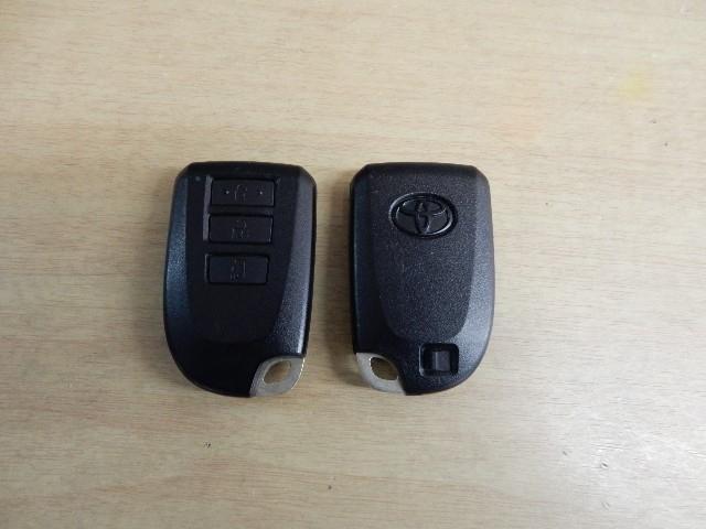 トヨタ スペイド 1.5Fスマートキー・ナノイーパッケージ フルセグHDDナビ