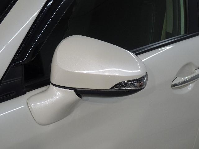 納車前に当社メカニックによる『プロの視点』で、安全かつ安心して気持ちよくお乗りいただける整備を行います。
