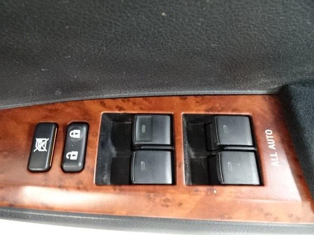 1.5ラグゼール スマートキー 純正CDチューナー HIDヘッドライト スマートキー シートヒーター シートエアコン オートエアコン 横滑り防止装置 イモビライザー 室内除菌(9枚目)