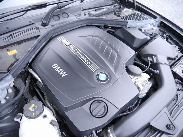 直列6気筒 326馬力(カタログ値)を発生する、BMWツインパワーターボガソリンエンジンを搭載したモデルです!!