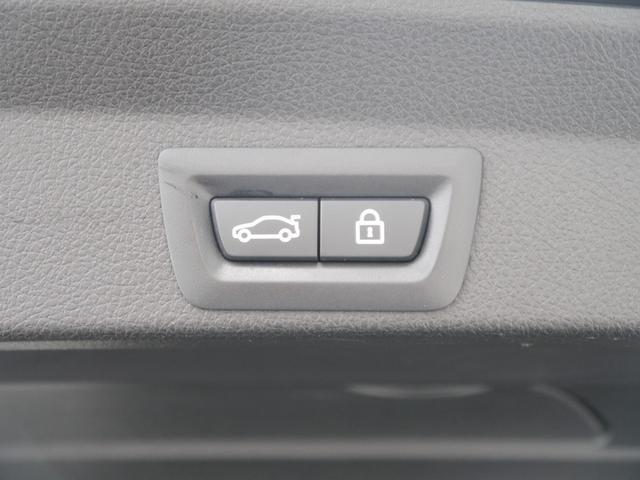 便利な電動開閉リアゲート機能搭載モデルです!スイッチ一つの操作で、大型リアハッチの開閉が可能な便利機能です!