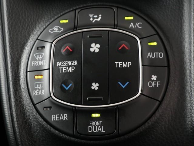 X 電動Sドア ナビTV メモリナビ 3列シート リアオートエアコン オートエアコン ETC CD キーレスエントリー ABS ワンセグ 横滑り防止装置 イモビライザー パワーウインドウ バックモニター付(12枚目)