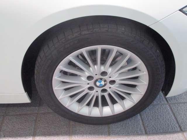 BMW BMW 320i ラグジュアリー 黒レザー シートヒーター