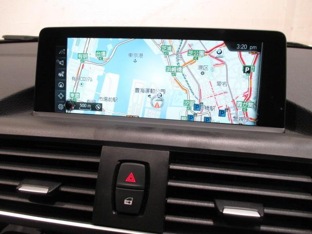 118i HDDナビ SOSコール 自動駐車 新車保証継承(9枚目)