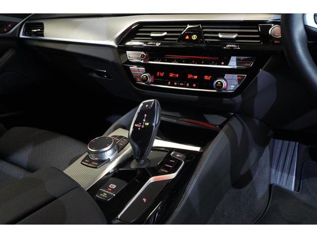 「BMW」「5シリーズ」「ステーションワゴン」「東京都」の中古車26
