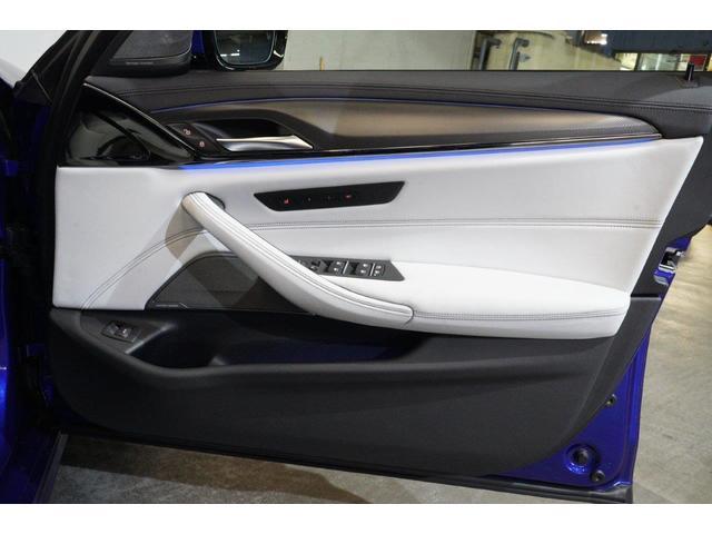 「BMW」「M5」「セダン」「東京都」の中古車41