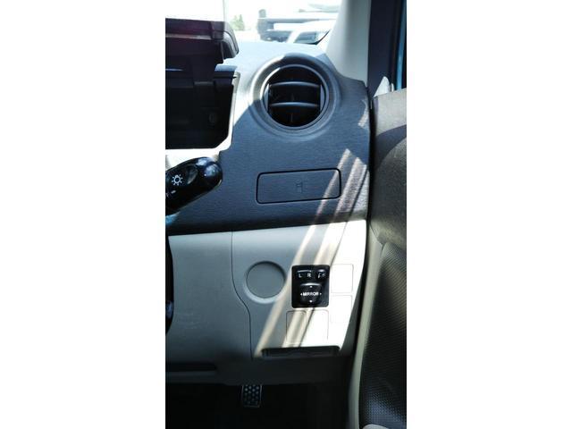 運転席側シートも大変綺麗な状態です!