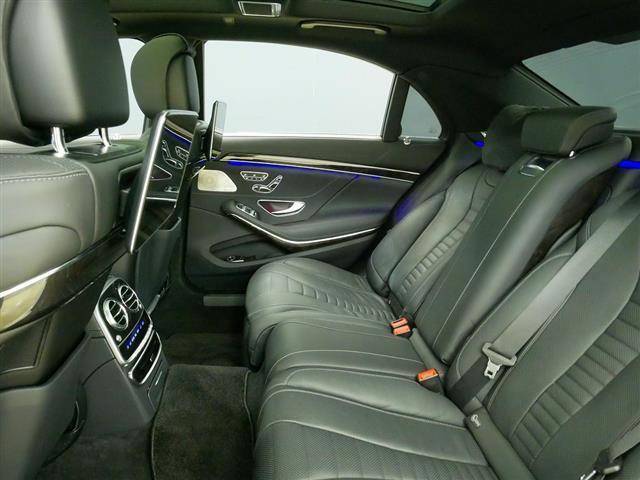 S560 4MATIC ロング AMGライン ショーファーパッケージ 2年保証 新車保証(20枚目)
