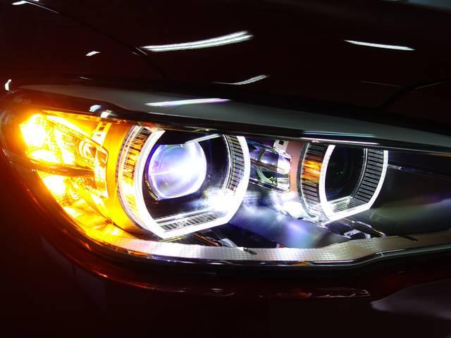 BMW BMW 118d スポーツ 全国2年保証 弊社デモカー クリーンD