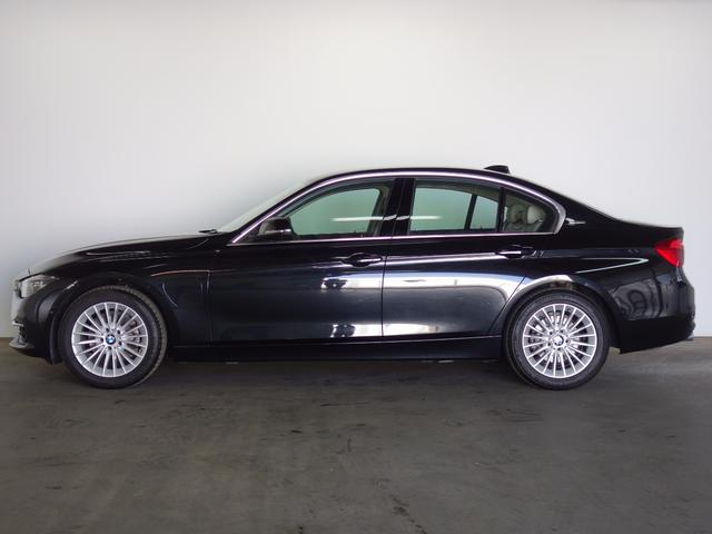 BMW BMW 330eラグジュアリー PHEV LED HUD 18AW