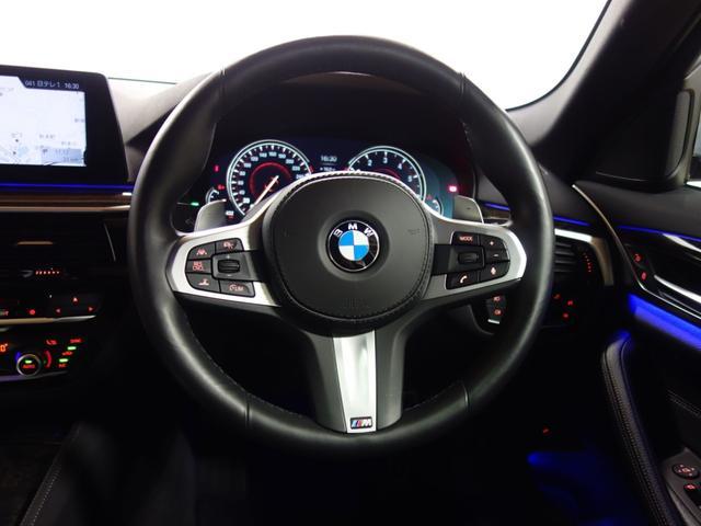 BMW BMW 530i Mスポーツ 19AW SR ACC パドル