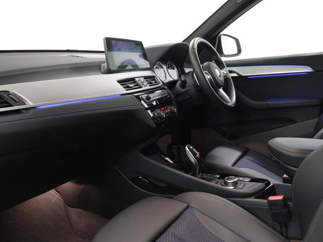 xDrive 18d Mスポーツ 18インチAW Rカメラ FRセンサー LED 衝突軽減 車線逸脱 USB コンフォートアクセス 純正HDDナビゲーション(3枚目)