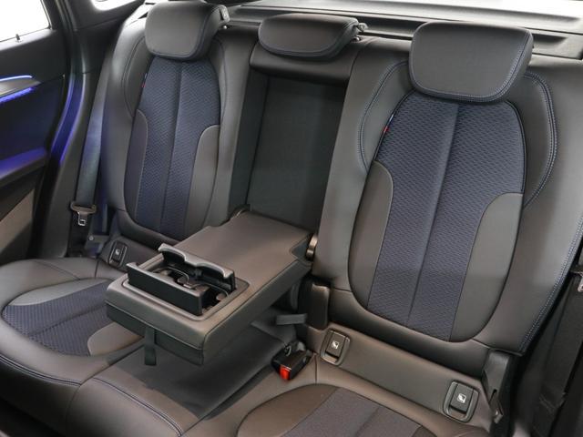 xDrive 18d Mスポーツ 18インチAW Rカメラ FRセンサー LED 衝突軽減 車線逸脱 USB コンフォートアクセス 純正HDDナビゲーション(16枚目)