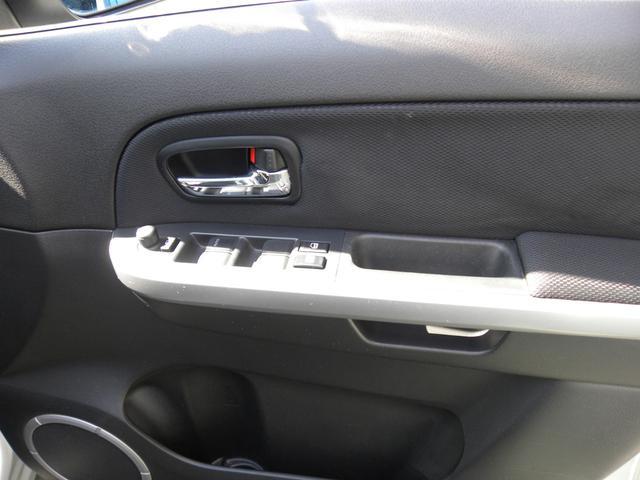 2.0XG4WD HDDナビ HIDスマートキー(17枚目)