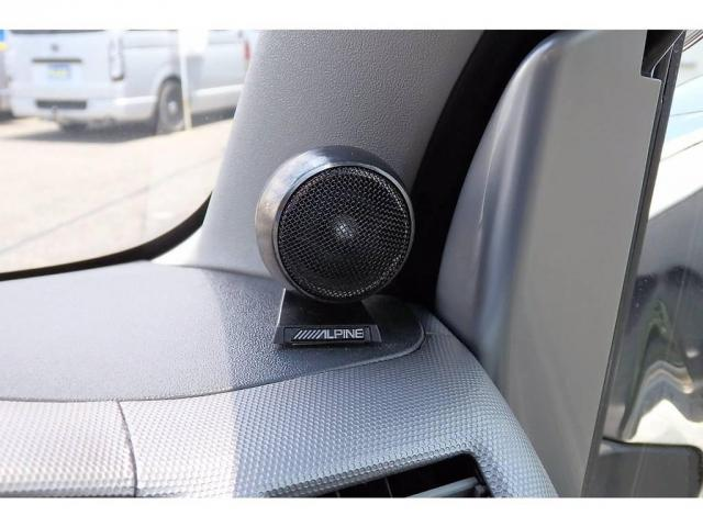 トヨタ ハイエースバン 2.0 スーパーGL ロング サイバーナビ フロントカメラ