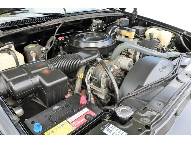 ベースグレード ディーラー車 カリフォルニアAW(18枚目)