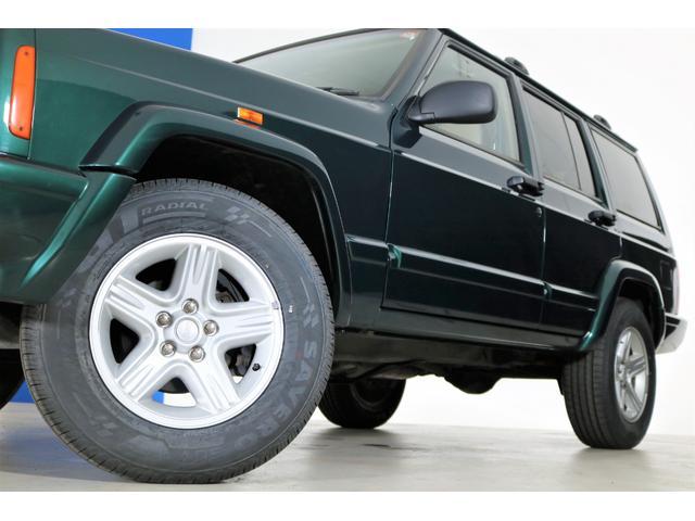クライスラー・ジープ クライスラージープ チェロキー リミテッド 最終型モデル 新品タイヤ
