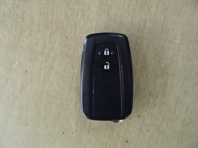 スマートキーが付いているので、鍵の操作なしにドアノブへのタッチだけで鍵の施錠が可能です。