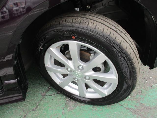 タイヤ溝は9分以上