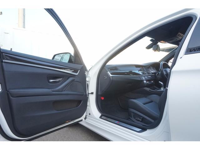 BMW BMW 528Mスポーツ黒革ウッド純ナビTVBカメラETCパドルAT