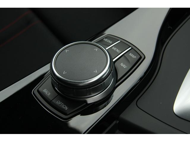 BMW BMW 318Tスポーツ2017型デイライト純正ナビBカメラクルコン
