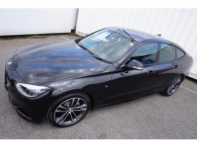 BMW BMW 320GTMスポ後期型LED黒革19AWウッドACC前後警告