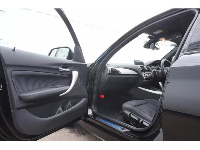 BMW BMW 118dMスポーツMエアロ17インチAW純ナビLEDクルコン