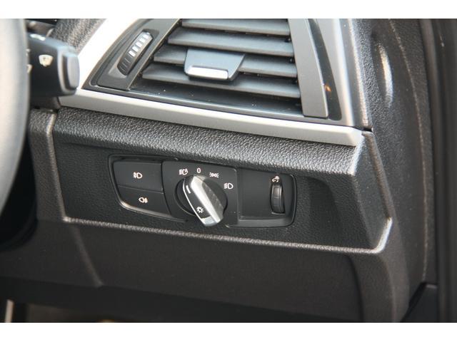 BMW BMW 116i スタイル 純正ナビリアカメラ ホワイトトリム