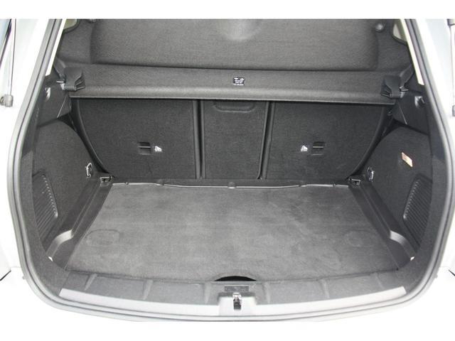 クーパーSD クロスオーバー クリーンディーゼル クーパーSD ブラックデザインパッケージ 18インチアルミ ALL4エクステリア ピアノブラックデザインパッケージ ブラックエクステリア ブラックリフレクターヘッドライト(23枚目)