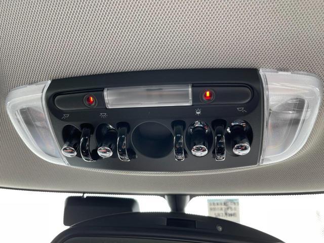 クーパーS セブン 特別仕様車『SEVEN』 専用インテリア ハーフレザーシート 専用17インチアルミ  クルーズコントロール HDDナビ バックカメラ ブラックヘッドライトリング ユニオンジャックテールライト(28枚目)
