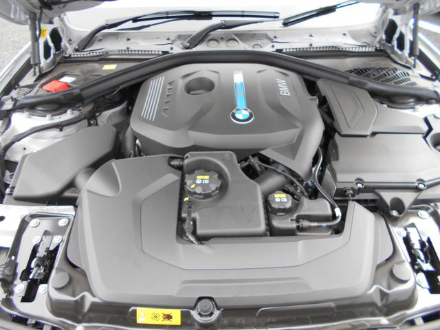 BMW BMW 330eラグジュアリー 弊社DC トップサイドビューカメラ