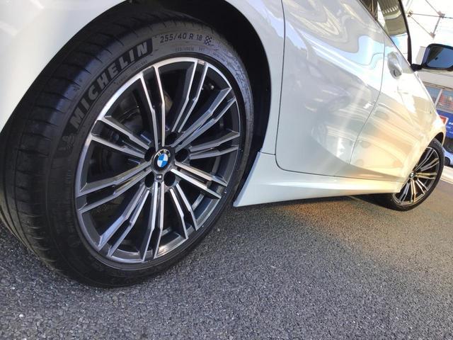 320d xDrive Mスポーツ アクティブクルーズコントロール ドライブアシスト Rカメラ 純正HDDナビゲーション Blue Tooth ミュージックサーバー LEDライト 18インチAW マルチ液晶メーター パドルシフト 禁煙車(14枚目)