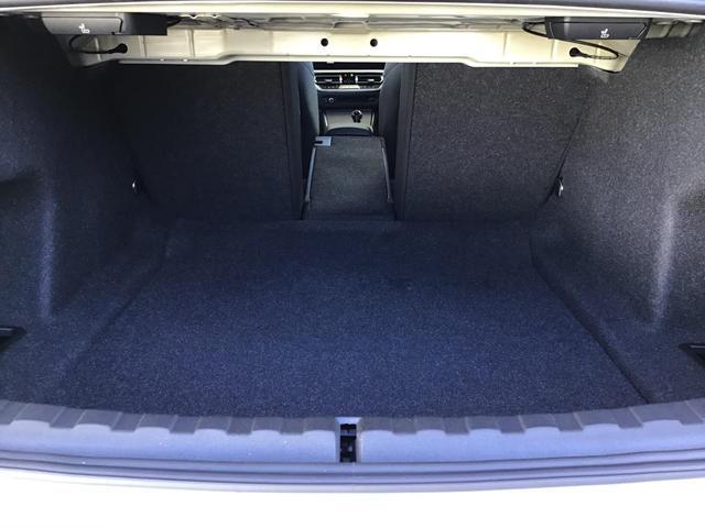 320d xDrive Mスポーツ アクティブクルーズコントロール ドライブアシスト Rカメラ 純正HDDナビゲーション Blue Tooth ミュージックサーバー LEDライト 18インチAW マルチ液晶メーター パドルシフト 禁煙車(58枚目)