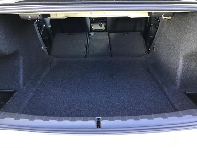 320d xDrive Mスポーツ アクティブクルーズコントロール ドライブアシスト Rカメラ 純正HDDナビゲーション Blue Tooth ミュージックサーバー LEDライト 18インチAW マルチ液晶メーター パドルシフト 禁煙車(61枚目)