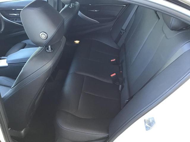 320i Mスポーツ エディションシャドー アクティブクルーズコントロール ドライブアシスト ブラックレザー Rカメラ 前後PDC コンフォートアクセス パドルシフト アイドリングストップ LED ETC 19インチAW SOSコール 禁煙車(45枚目)