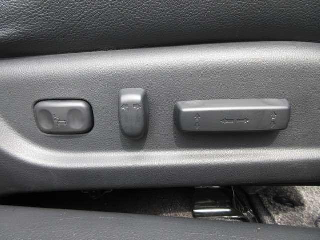 35TL Honda認定中古車 ナビ ワンセグTV バックカメラ 電動サンルーフ ディスチャージヘッドライト 本革シート シートヒーター スマートキー セキュリティアラーム ETC車載器 ワンオーナー車(11枚目)