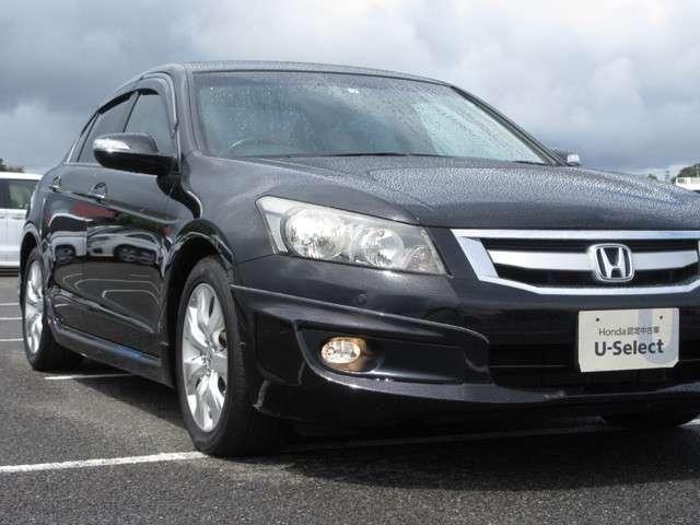35TL Honda認定中古車 ナビ ワンセグTV バックカメラ 電動サンルーフ ディスチャージヘッドライト 本革シート シートヒーター スマートキー セキュリティアラーム ETC車載器 ワンオーナー車(15枚目)