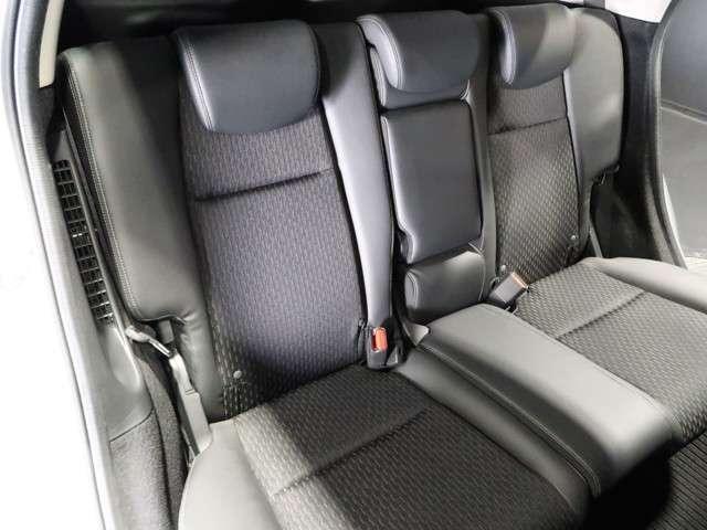 Lパッケージ 認定中古車 メモリーナビ Bカメラ ワンセグTV DVD再生 ETC LEDヘッドライト オートライト 横滑り防止装置 ワンオーナー車(15枚目)