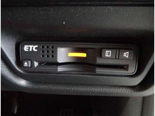 スパーダ・クールスピリット ホンダセンシング 認定中古車 運転支援 Bカメラ 純正AW フルセグナビ シートヒーター 両側電動スライドドア LEDヘッドライト 純正アルミホイール(11枚目)